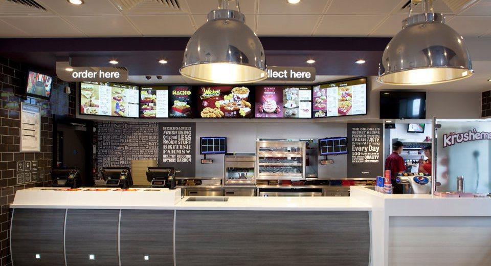 Colaboración con Pioneer Group en 400 establecimientos de KFC